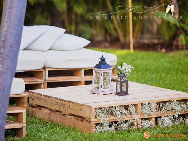 Event rentals in Miami - Lounge pallet rental
