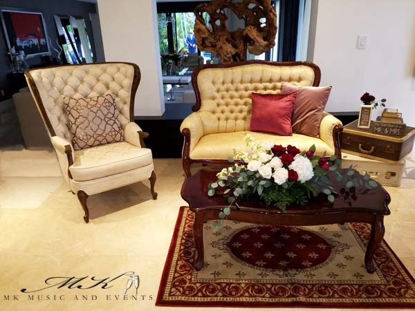 Event rentals in Miami - Vintage Furniture